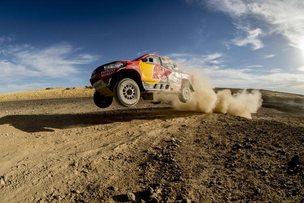 Toyota Hilux pentru Dakar 2017 la testele din Africa de Sud.