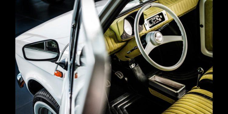 Fiat 126p Tom Hanks by Carlex