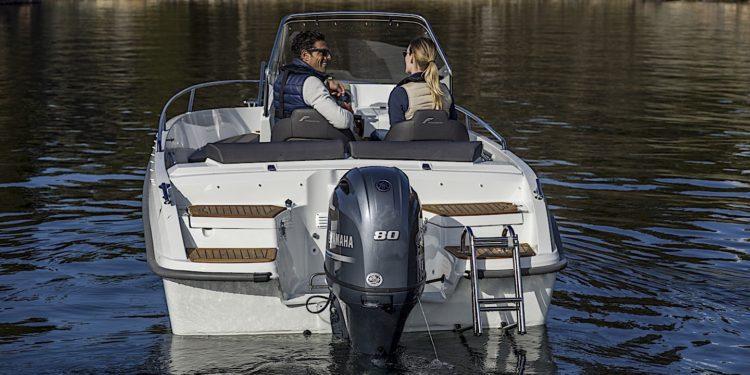 Yamaha F80 - motor de barca