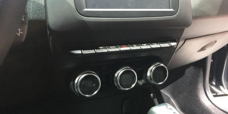 Dacia Duster interior generatie noua 2018