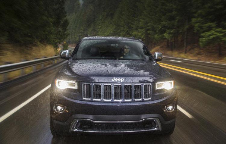 Jeep Grand Cherokee facelift SUA
