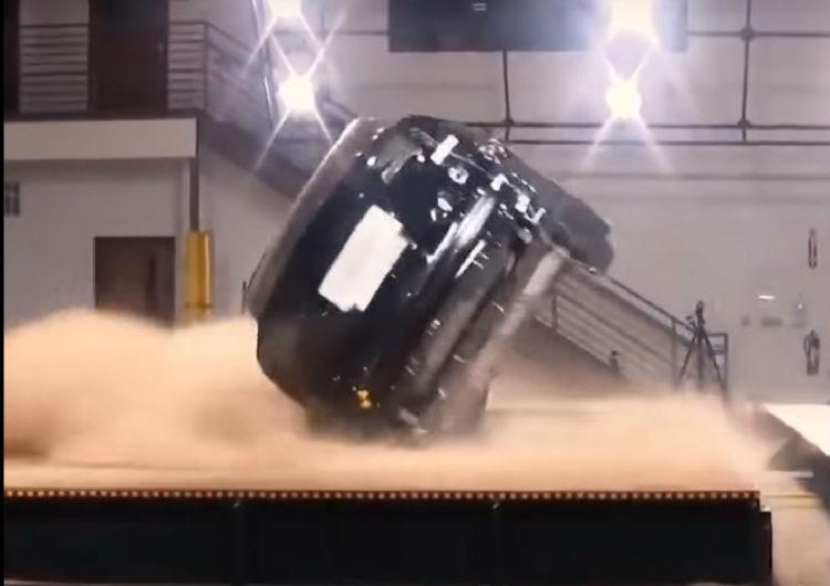 test rasturnare Tesla Model X