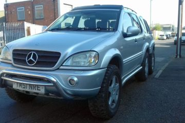 Mercedes-Benz ML 6x4 pick-up