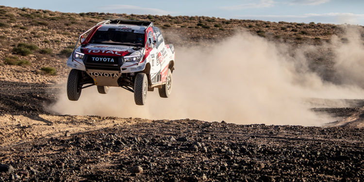 Fernando Alonso Test Rally Raid Toyota